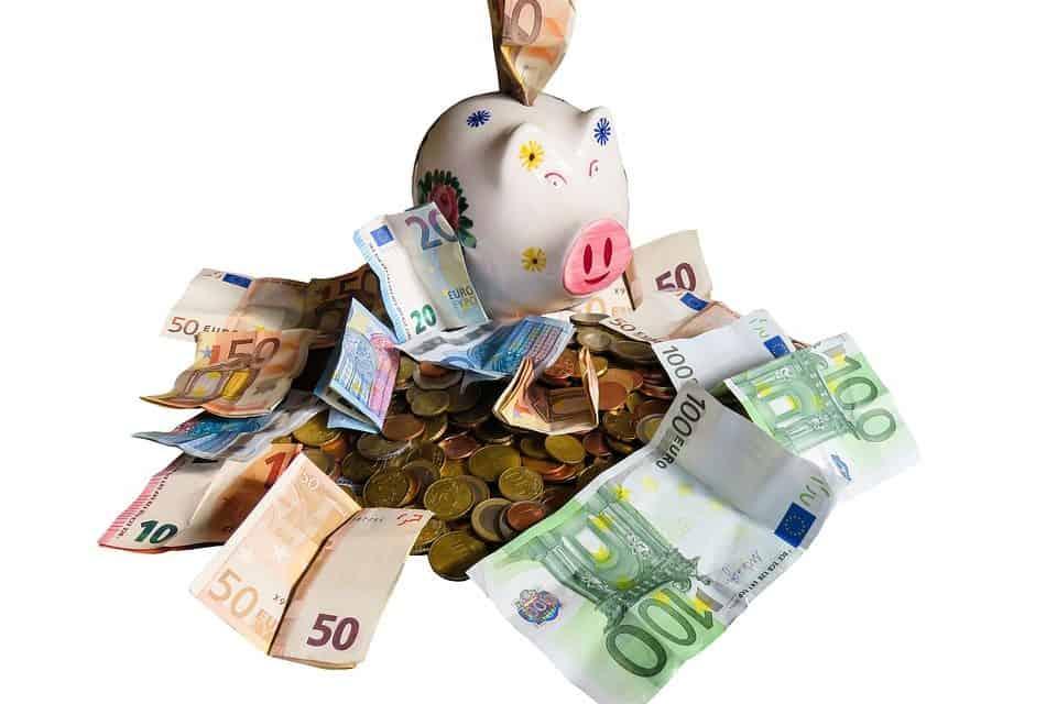 A por la Independencia Financiera. No gastes todo lo que ingresas – Ahorra