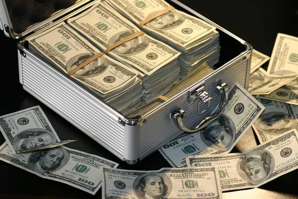 cuánto dinero necesito para invertir en bolsa
